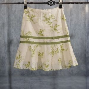 fit & flare skirt green cream tan floral size 2